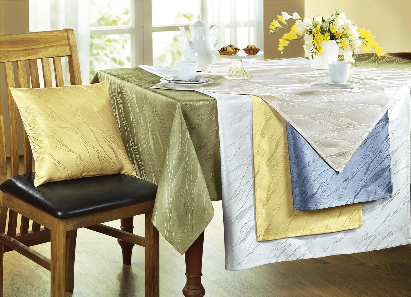 Tischdekoration in verschiedenen Farben, Größe 101 (Läufer, 40x/90 cm), Weiss